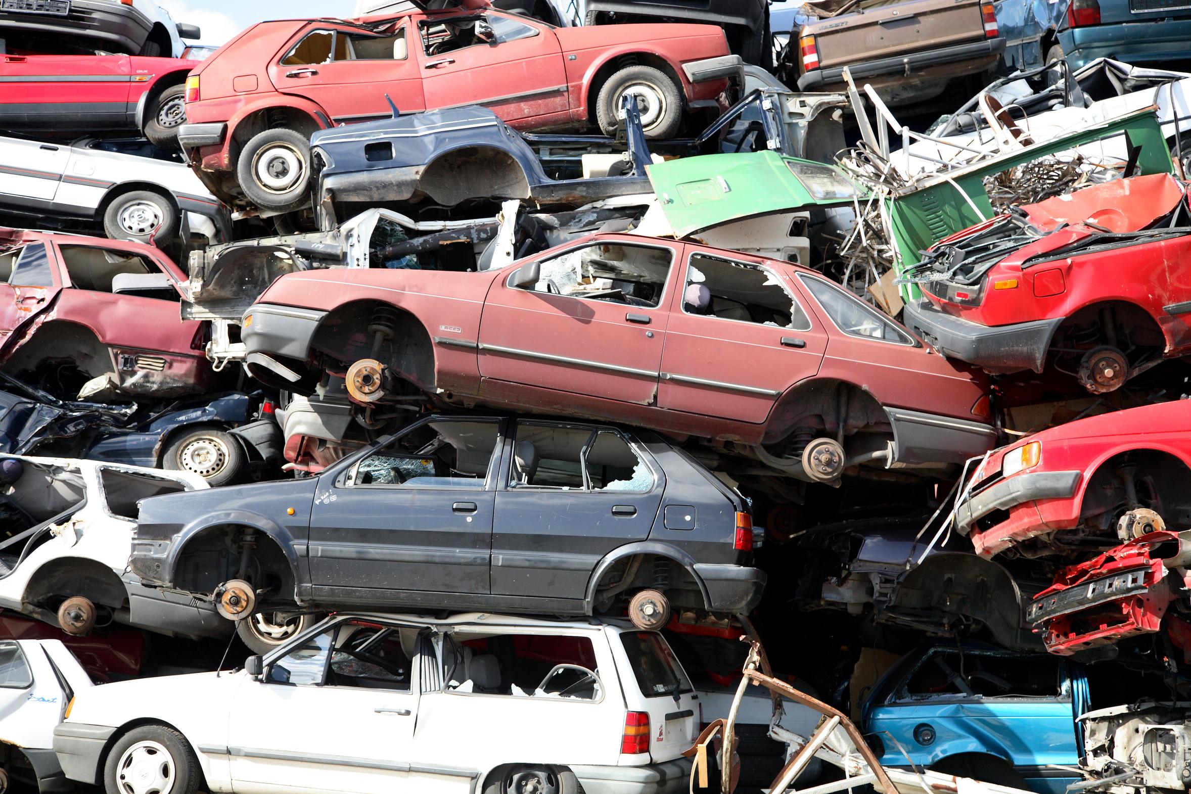 scrap car dealer